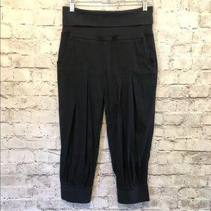 Athleta Women's Black Crop Jogger Pants